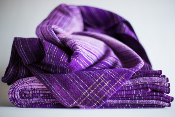 4.1m dark purple linen weft