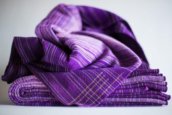 4.1m dark purple linen weft