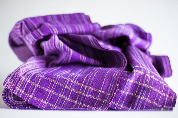 4.7m dark purple linen weft